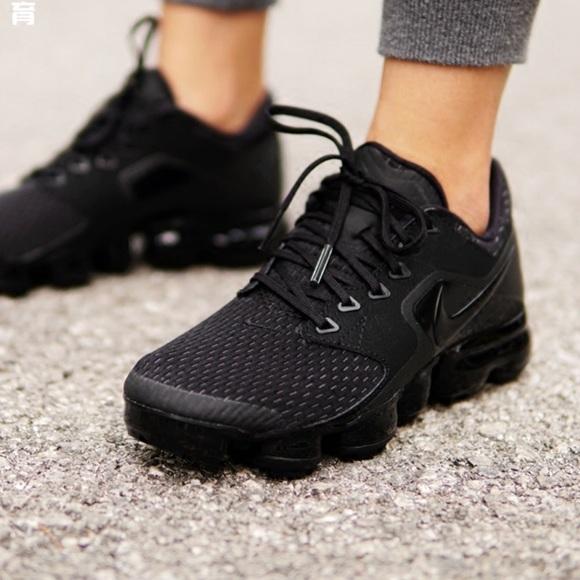 51a1e41439 Nike Shoes | On Hold For Ronathaci Air Vapor Max Women | Poshmark